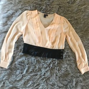 Crop top with leather detail
